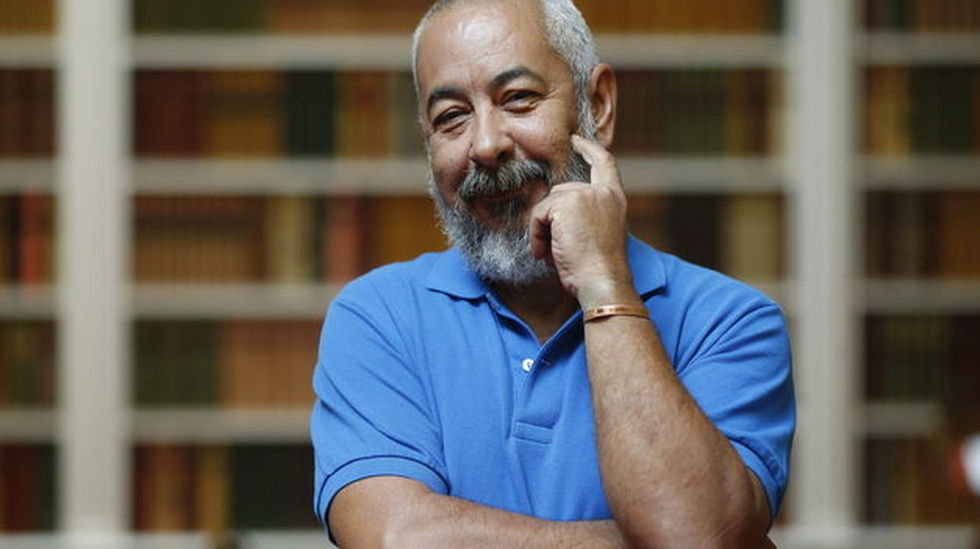 el escrito cubano Leonardo Padura