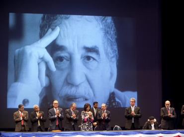 Escritores cubanos y autores cubanos rinden homenaje a García Márquez